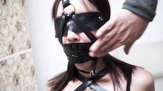 Kötözés pornó